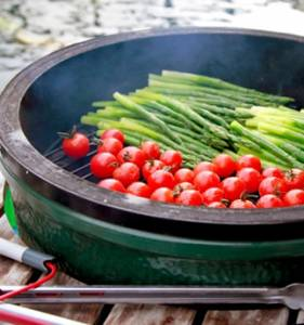 Big Green Egg - Big Green Egg Combo - Large BGE with Nest and convEGGtor - Image 9